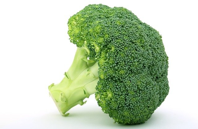 Brocolli- Best Vitamin C Rich Foods in India